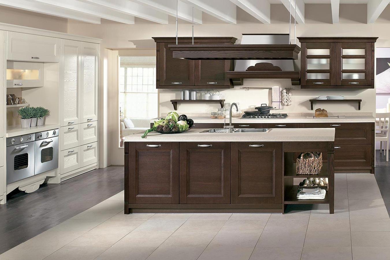 Cucina classica gioiosa di arredo3 righetti mobili novara for Mobili arredo cucina