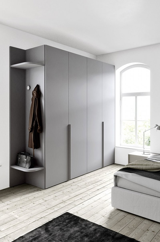 Cinquanta3-armadio-con-ganci-appendi-tutto-guardaroba-moderno-design-battente-camera-arredamento-interni-mobili-righetti-novara