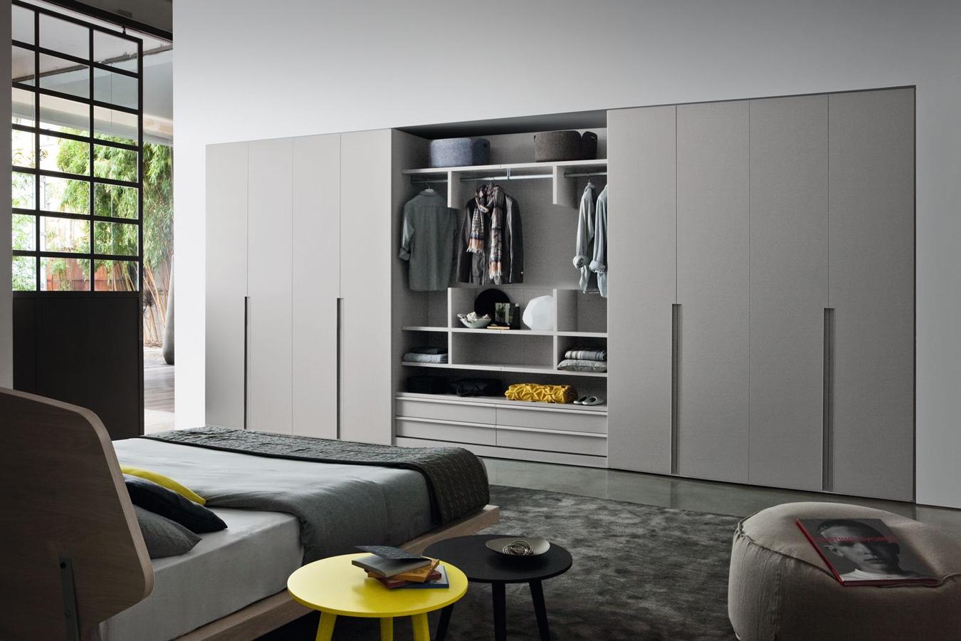 Armadi e cabine armadio righetti mobili novara for Armadi camere da letto prezzi