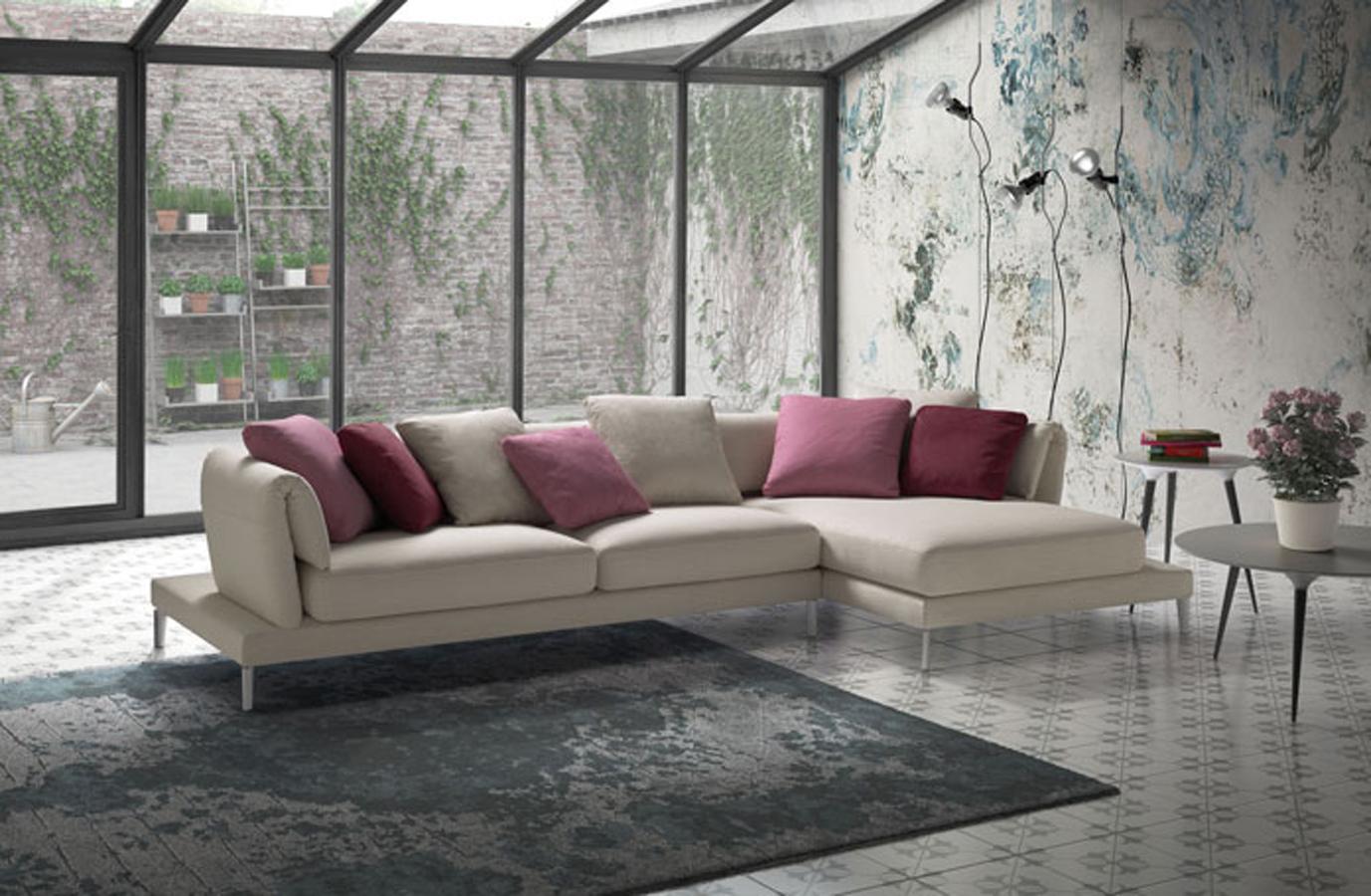 Samoa-divano-Upper-Twist-2-moderno-design-stoffa-pelle-ecopelle-angolo-3-2-posti-chaise-longue-arredamento-mobili-righetti-novara