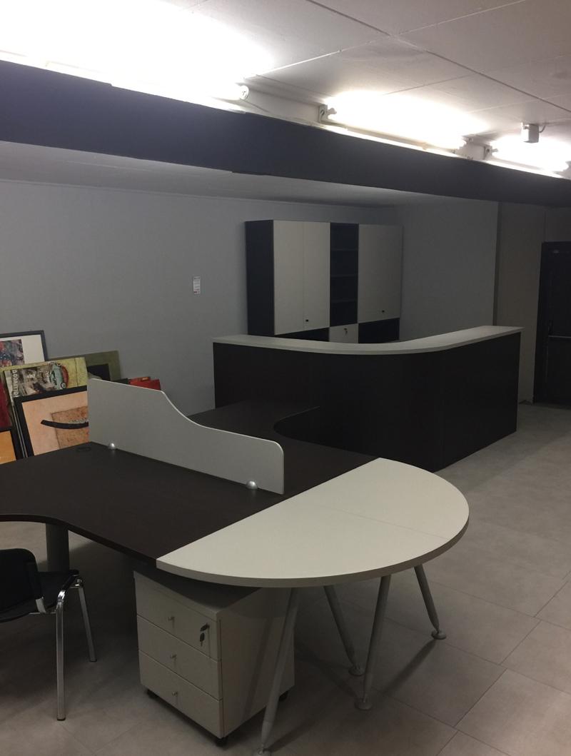 Arredamento-ufficio-completo-in-offerta-outlet-da-righetti-mobili